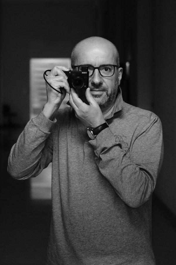 Incrocio di Sguardi - Massimiliano Ferrari Fotografo di Ritratto