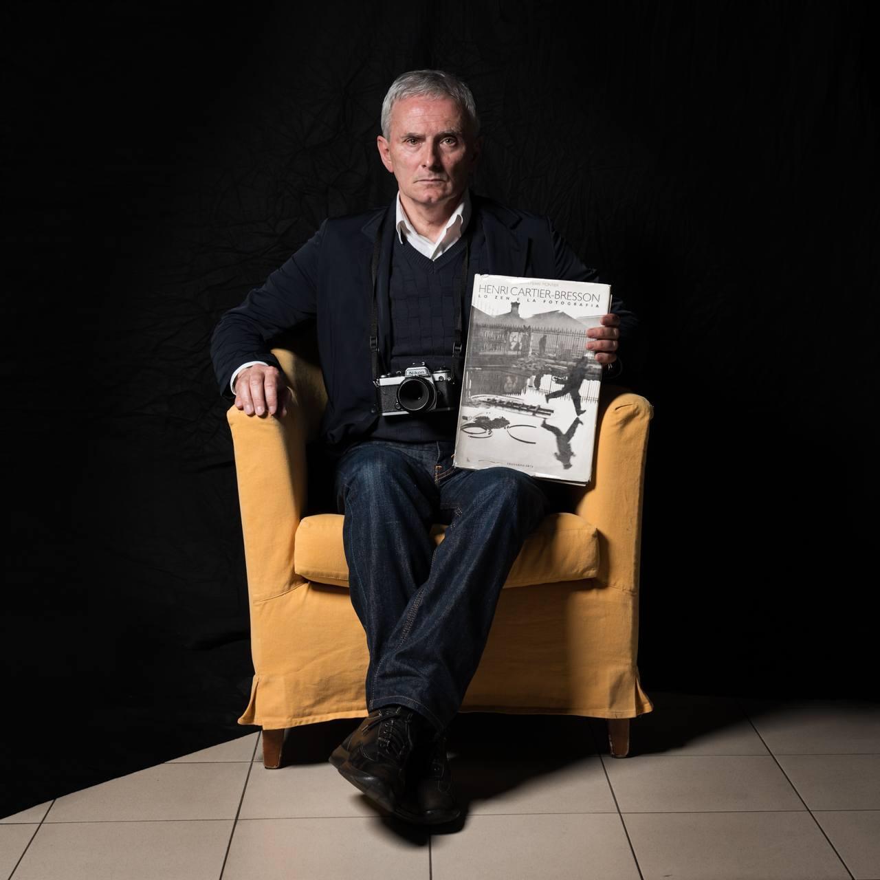 #INCIPIT - FOTO D'AUTORE COL LIBRO DEL CUORE - Fotografia di Massimiliano Ferrari Brescia
